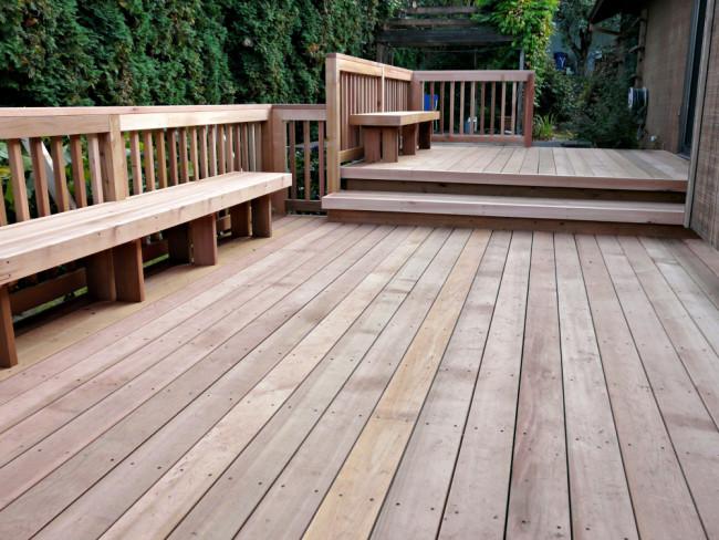 We build custom decks that enhance your home.